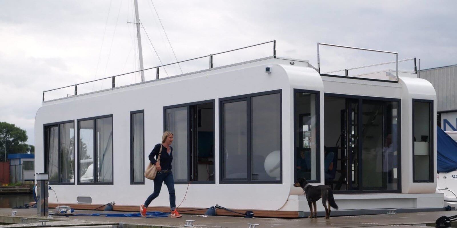 6 Modular Houseboat and Floating Home Manufacturers Around
