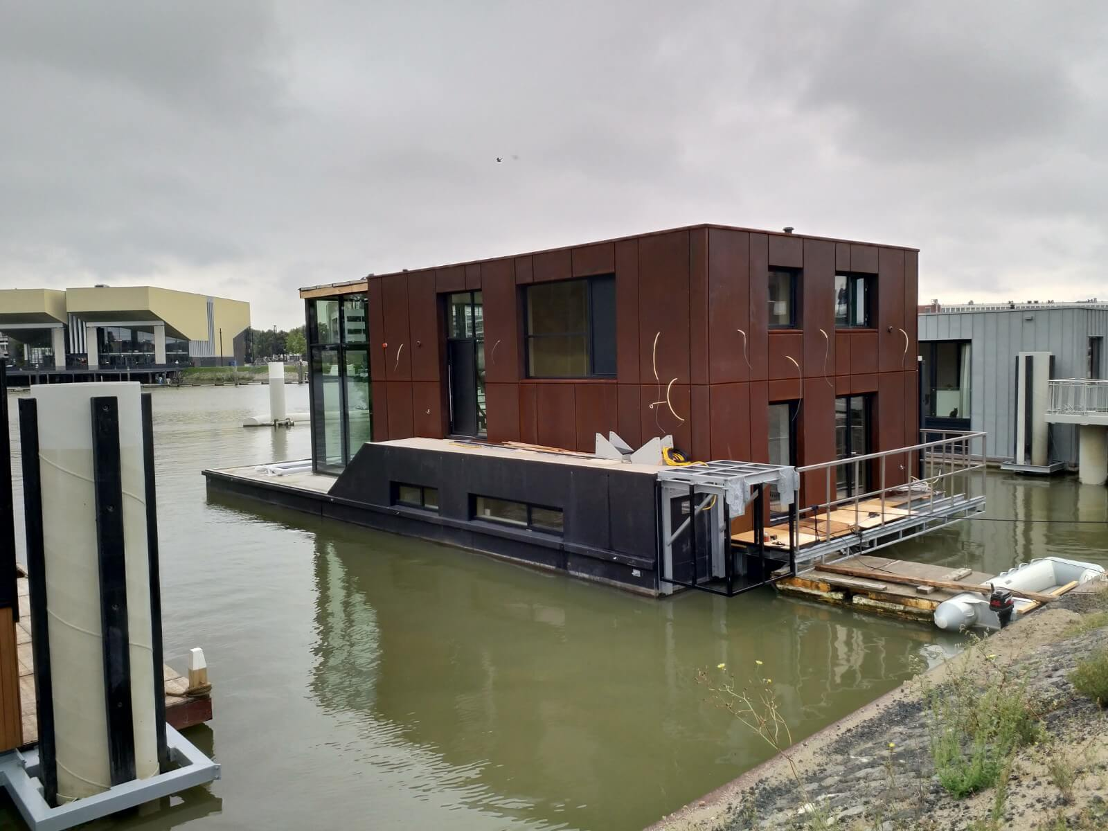 Watervilla Arrived At Its Location In Dordrecht