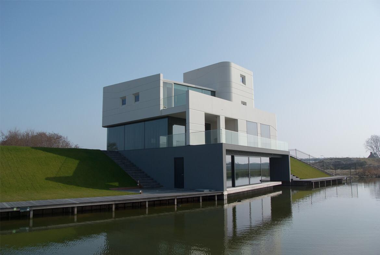 De Westlander En Zijn MoNUment: Moderne Gebouwen Als Toekomstige Monumenten