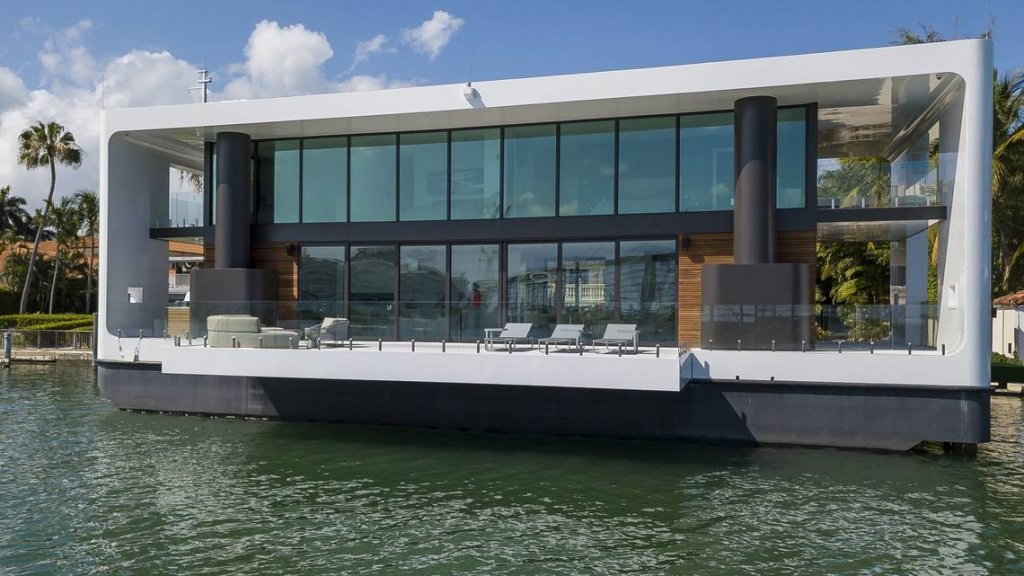 This houseboat of the future is a $5.5 million floating mansion designed  for sea level rise - Waterstudio