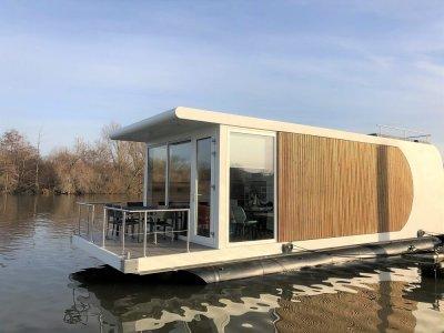 Waterstudio.nl - Floating House Maastricht
